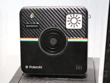 寶麗來Socialmatic相機現身 手機、平板同步展出【CES 2014】