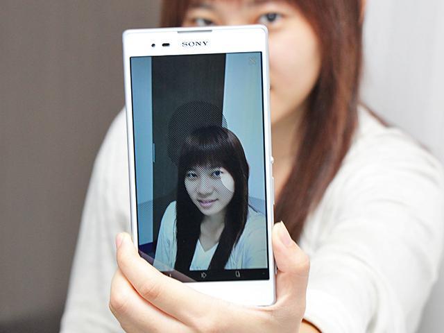 索尼6吋中階LTE智慧機Xperia T2 Ultra實測