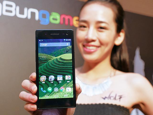 嗆紅米、ZenFone!戲智WOLF手機發表 定價3990