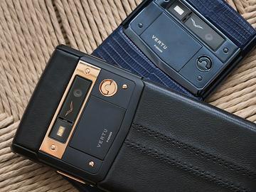 威圖最強奢華智慧機 Vertu Signature Touch動手玩