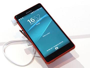 索尼4G防水輕旗艦Xperia Z3 Compact【IFA 2014】