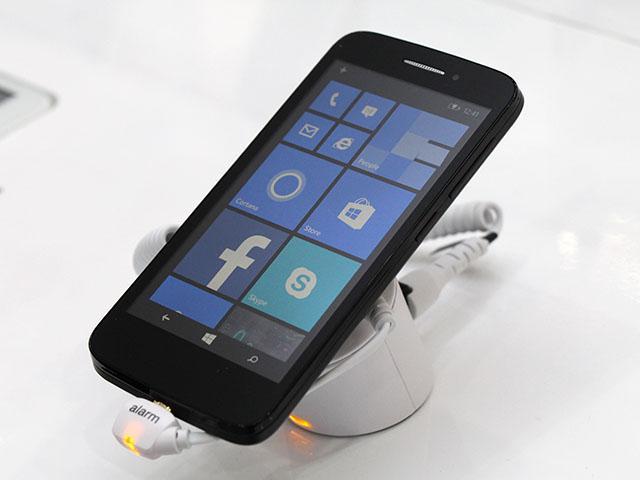 Alcatel推WP8.1手機 具備四核、4G、雙卡規格【IFA 2014】