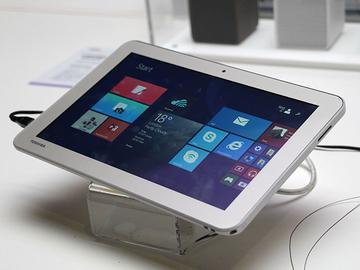 東芝展出Encore 2 WT10-A3大尺寸Win8.1平板【IFA 2014】
