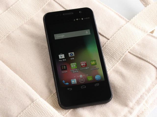 小資新選 入門4G手機TWM Amazing X1
