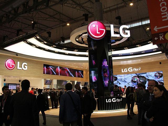 LG主打G Flex2!Magna、Spirit等新機齊亮相【MWC 2015】
