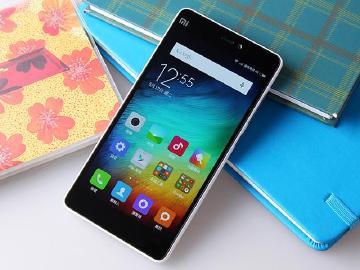 [開箱]小米手機4i規格與售價讓人又愛又恨