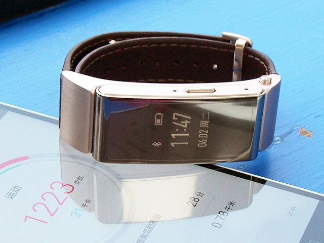 是手環也是藍牙耳機!華為TalkBand B2實測