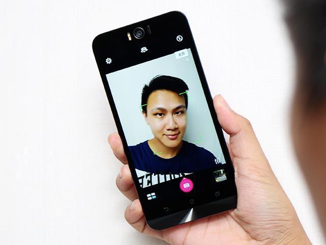 [評測]自拍至上 華碩ZenFone Selfie神拍機