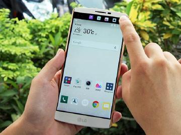 [開箱]LG V10韓系靚機 雙螢幕、專業攝錄多重體驗