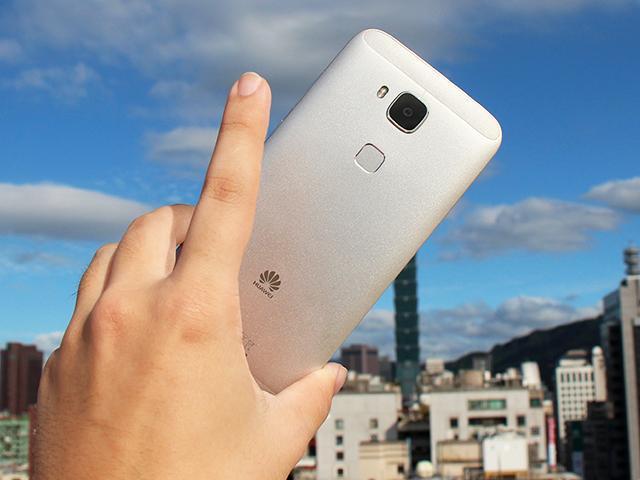 [開箱]華為女神機G7 Plus指紋辨識應用多樣化