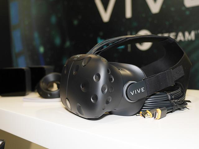 二代開發版HTC Vive Pre實機動眼看 電玩展開放體驗