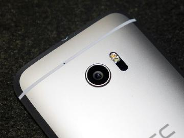 HTC 10動手玩:功能更簡化、相機大升級