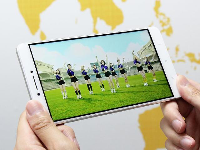 [開箱]6.44吋大屏小米Max 雙卡也能4G+3G