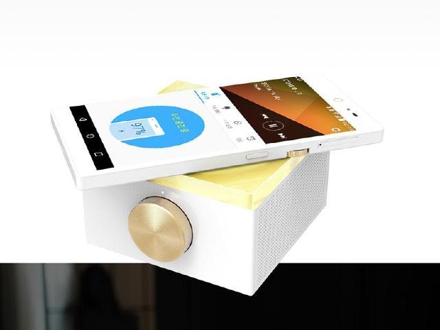 Pantech復活!發表有旋轉鈕的手機Sky IM-100