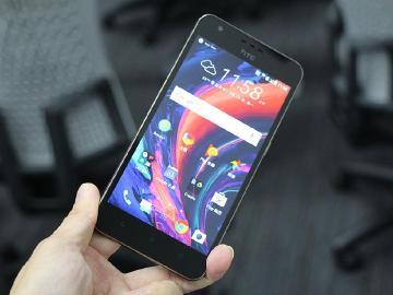 HTC Desire 10 lifestyle五大電信開賣 4G資費整理
