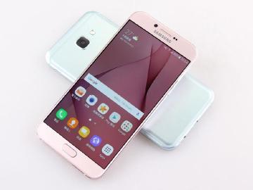 SAMSUNG A8 2016粉金來襲 規格媲美旗艦手機