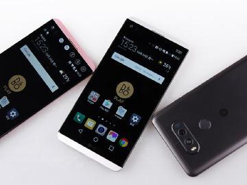雙螢幕、雙鏡頭規格!LG V20開箱與S820效能實測