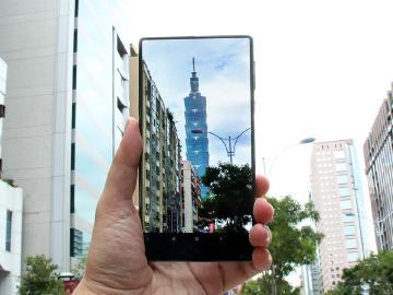 全面屏、全陶瓷規格配置 6.4吋小米MIX概念手機開箱