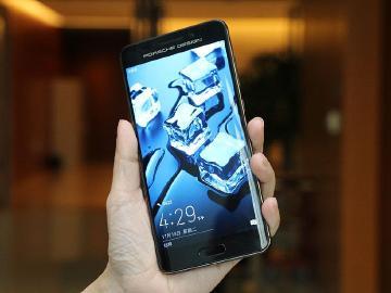 專訪華為李小龍 HUAWEI Mate 9手機設計秘辛揭露