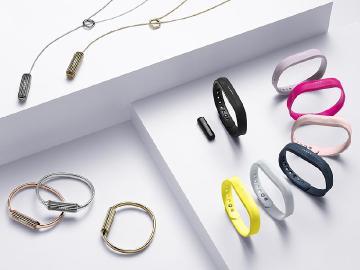 Fitbit Flex 2防水手環能追蹤游泳成果 12/3台灣開賣