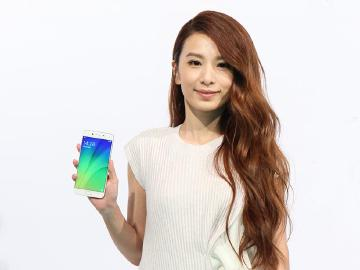 Hebe代言!OPPO R9s拍照手機台灣價格14990