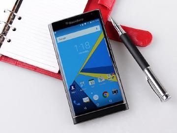 加速轉型!BlackBerry宣布授權TCL打造、銷售黑莓機
