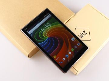 平價8吋可通話平板 WIZ 8288開箱體驗