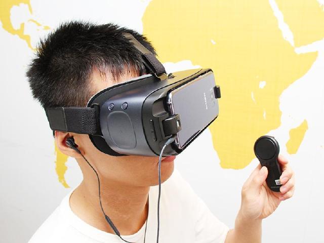 全新體驗!SAMSUNG Gear VR 2017開箱