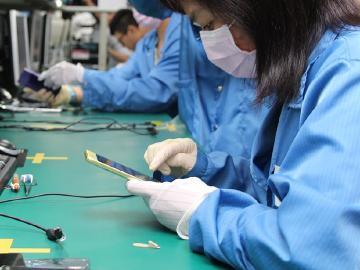 劣質充電配件易毀壞手機 Sony強調自家線材有下功夫