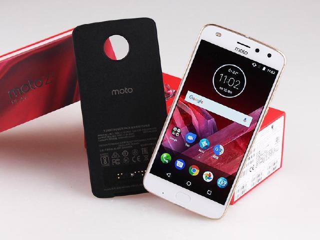 模組化設計 Moto Z2 Play與快充電池配件開箱