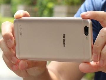 平價手機也有雙鏡頭規格 InFocus A3開箱