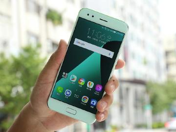 粉漾登場 ASUS ZenFone 4薄荷綠搶先開箱