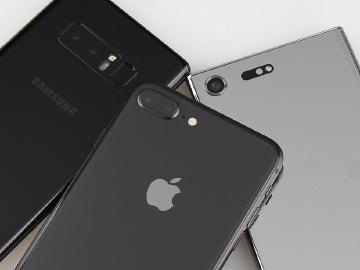 台灣10月手機iPhone 8熱銷 Note8安卓賣最好