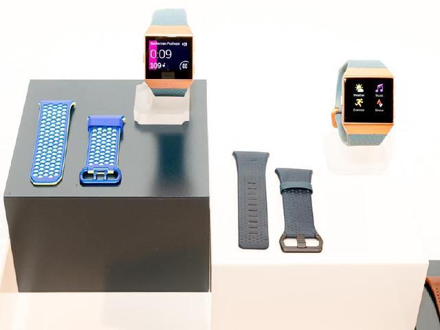 [動手玩]Fitbit Ionic智慧手錶 5天電池續航力