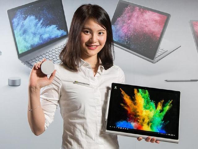 [動手玩]微軟二合一平板筆電Surface Book 2登台