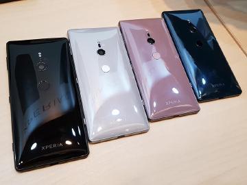 [動手玩]全新外觀設計 Sony Xperia XZ2