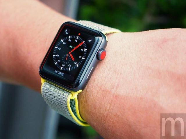支援eSIM功能的Apple Watch Series 3開箱動手玩