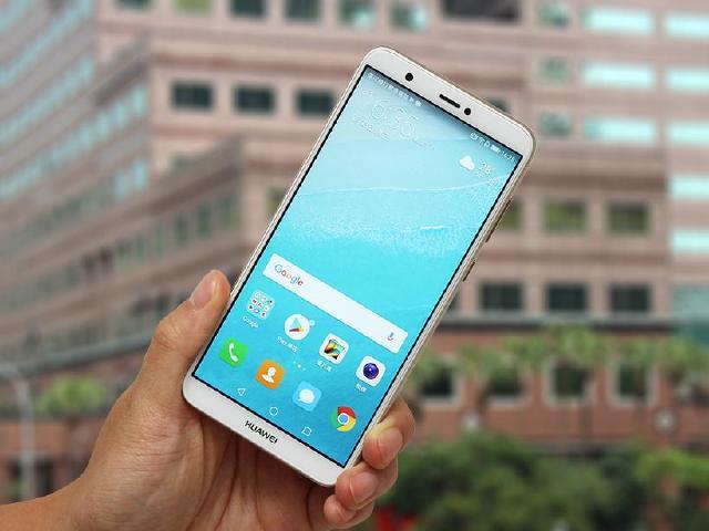 低價全螢幕雙鏡頭手機 HUAWEI Y7s開箱評測
