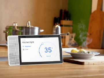 螢幕成家庭中控台!聯想結合Google Assistant智慧顯示器開賣