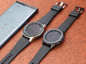 三星發表智慧手錶Galaxy Watch 輕靠錶面有滴答聲