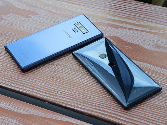韓日旗艦拍照對決!三星Note9與Sony XZ2紐約實測