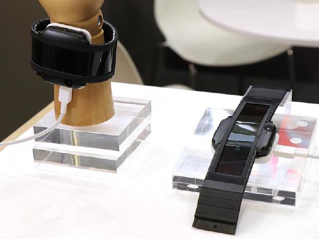 努比亞發表腕部曲面手機nubia α 採用可繞式面板[IFA 2018]