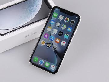 豐富顏色再現 單鏡頭也好拍 Apple iPhone XR開箱
