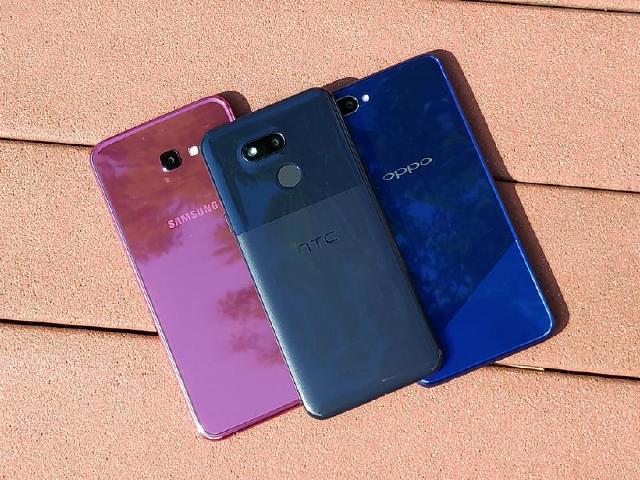 迎新春過好年 平價入門手機PK:HTC Desire 12s、三星J4+、OPPO AX5