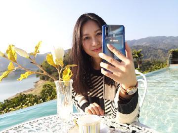 三鏡頭相機、高通S710 三星Galaxy A8s上市前動手玩