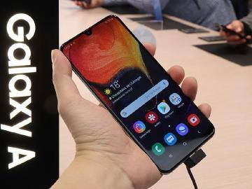 三星發表6.4吋手機Galaxy A50與A30[MWC 2019]