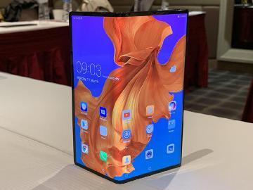 [影片]HUAWEI Mate X重點評測:折疊螢幕、5G、徠卡三鏡頭