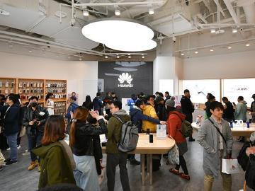 搶攻親子客群!華為台北大直ATT體驗店開幕