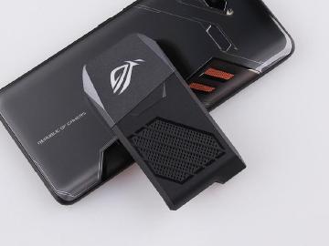 華碩看好電競手機市場 ROG Phone今年推二代產品