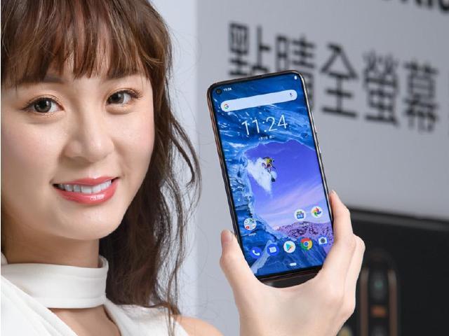 [影片]Nokia X71重點評測:三鏡頭、大廣角、點睛全螢幕